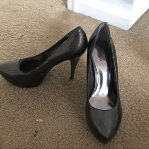 Steve Madden and Guess Shoes. Never worn. $200